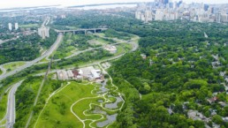 Aerial view of Toronto and its parks.