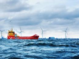 Hybrid Ships Reduce Emissions at Sea