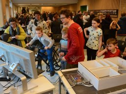 Children and adults learning about sustainability through technology in Høje-Taastrup Municipality
